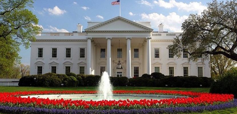 واشنطن بوست: البيت الأبيض يضغط على الكونجرس لمواجهة نفاد أموال وزارة الخزانة