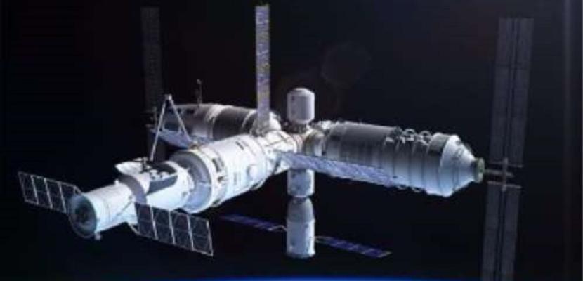 مركبة فضاء صينية يمكن استخدامها أكثر من مرة تعود بنجاح إلى الأرض