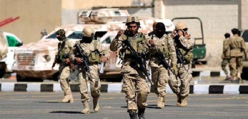الجيش اليمني يعلن مقتل أكثر من 25 حوثيا بنيران قواته في جبهة صرواح