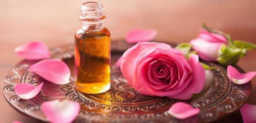زيت الورد أكثر مكونات العناية بالبشرة
