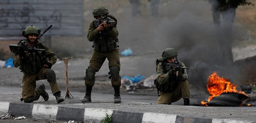 إصابة 21 فلسطينيًا بالرصاص المطاطي والغاز في مواجهات مع الاحتلال الإسرائيلي