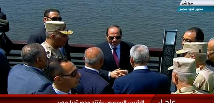 الرئيس السيسي يتفقد كوبري تحيا مصر