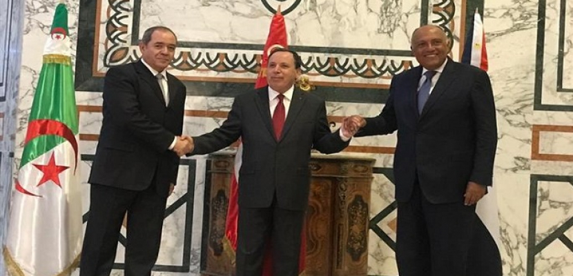 بدء الاجتماع الثلاثي لوزراء خارجية مصر وتونس والجزائر