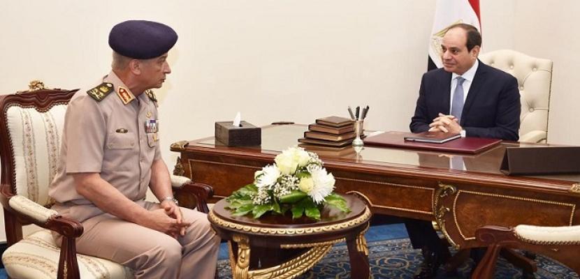 الرئيس السيسي يستقبل الفريق أول محمد زكي القائد العام للقوات المسلحة وزير الدفاع والإنتاج الحربي