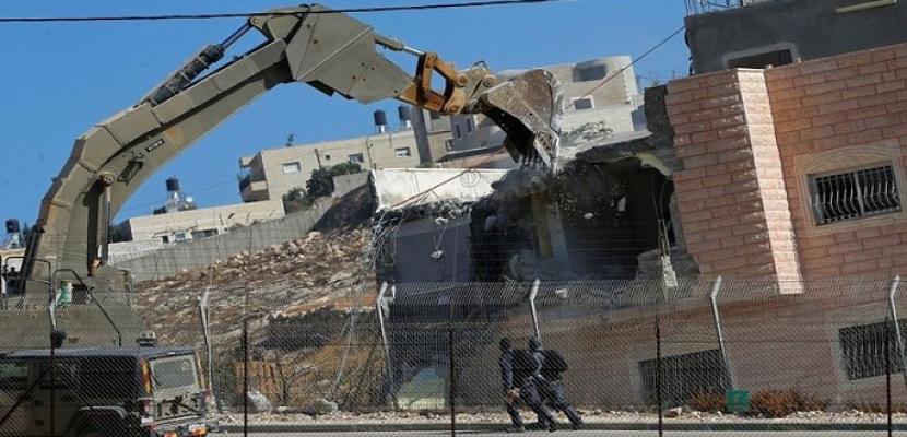 قوات الاحتلال الإسرائيلي تهدم ثلاثة منازل قيد الانشاء غرب جنين