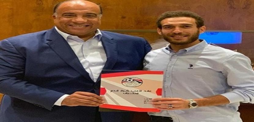 الاتحاد السكندري يتعاقد مع هشام محمد لاعب الأهلي لمدة موسمين