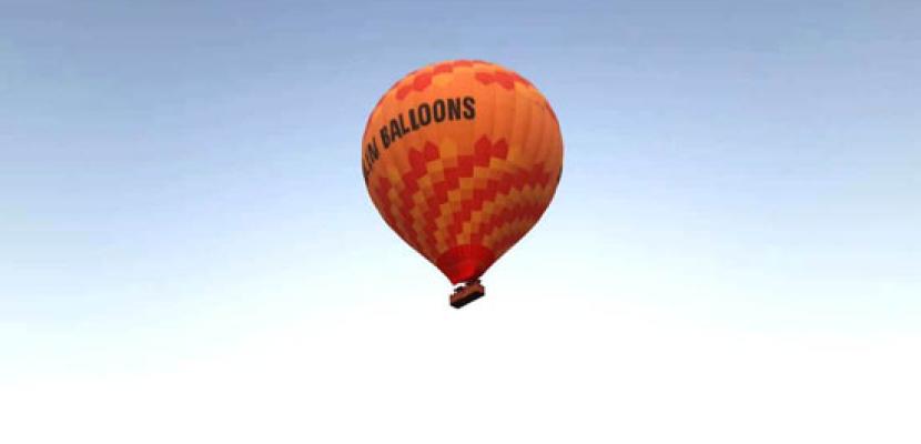 """بالصور .. إقلاع أول رحلات """" البالون الطائر"""" بالأقصر بعد توقفها 80 يوماً"""
