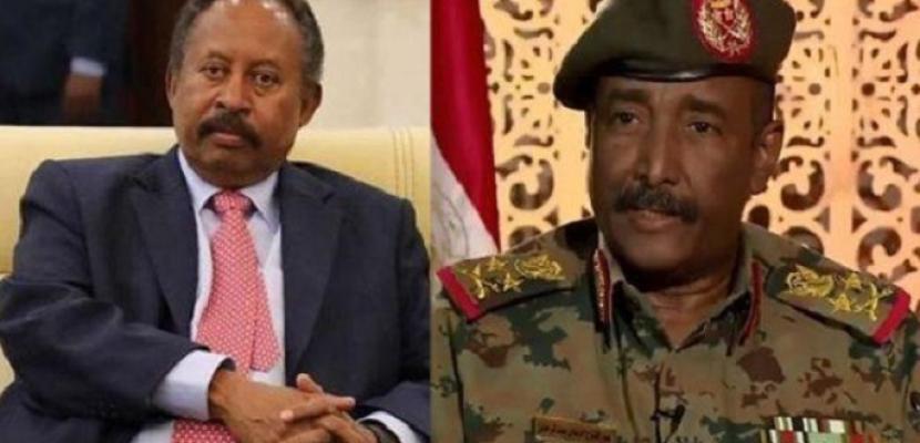 البرهان وحمدوك يعودان إلى السودان بعد زيارة إلى السعودية والإمارات