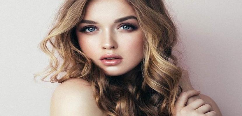 أفضل الخلطات لتفتيح لون شعركِ بشكل طبيعي