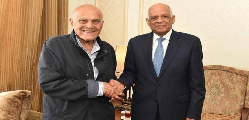 بالصور- رئيس مجلس النواب يلتقي الجراح المصري العالمي مجدى يعقوب