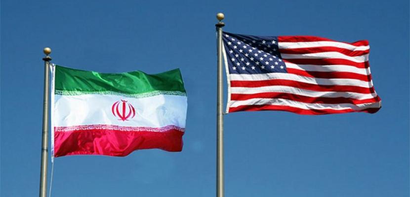 الوطن البحرينية :أمريكا تغازل إيران بحجة احتوائها لمنعها من تطوير سلاحها النووي