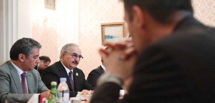 حفتر يغادر موسكو دون التوقيع على اتفاقية التسوية فى ليبيا .. وتباينات واسعة حول وثيقة تثبيت الهدنة