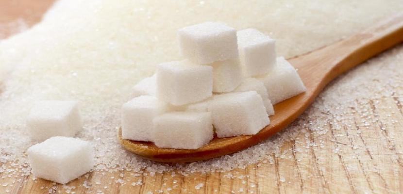 الإفراط في تناول السكر الأبيض يضرب المناعة