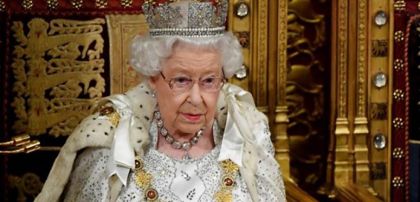 بعد استقلال هارى وميجان .. الملكة إليزابيث تتدخل لتقليص الدور الملكى