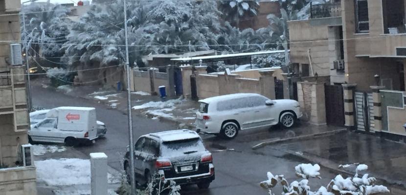 بالصور..  الثلوج تغطي العاصمة العراقية بغداد لأول مرة منذ عقود