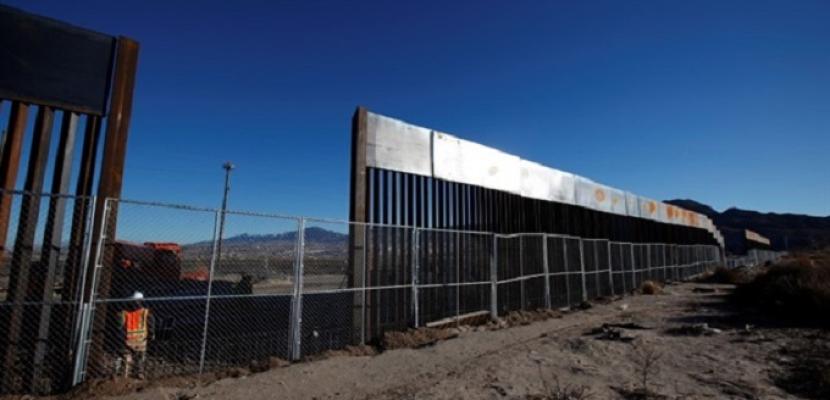 واشنطن بوست: البنتاجون بصدد تحويل 3.8 مليار دولار من مخصصات الجيش  لبناء الجدار الحدودي
