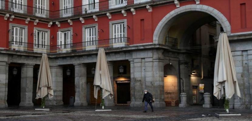 أسبانيا تسجل 738 حالة وفاة جديدة بسبب فيروس كورونا