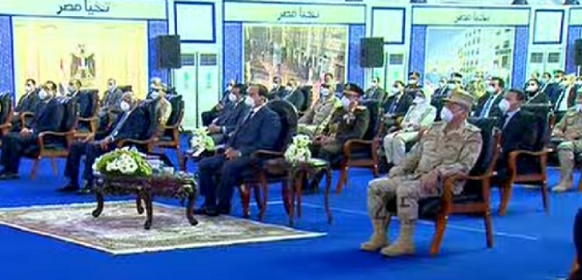 الرئيس السيسي يتفقد أطقم القوات المسلحة المخصصة لمكافحة انتشار فيروس كورونا