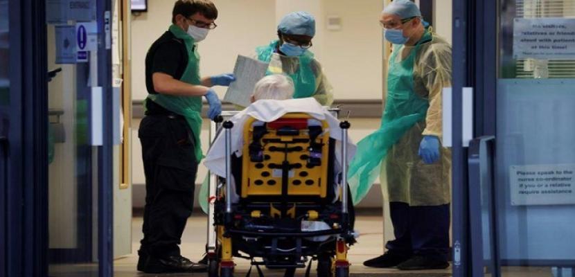 بريطانيا تسجل نحو 17 ألف إصابة جديدة بفيروس كورونا