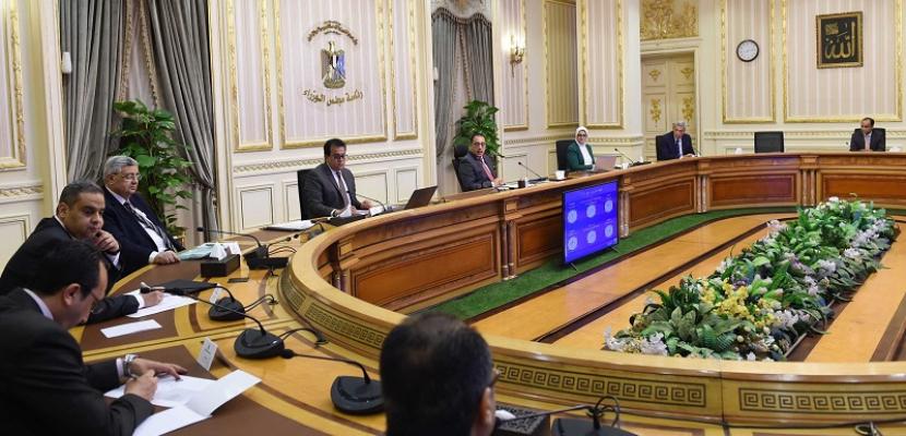 اللجنة العليا لإدارة أزمة كورونا تناقش اليوم فتح المساجد وعودة النشاط الرياضى واستئناف الطيران