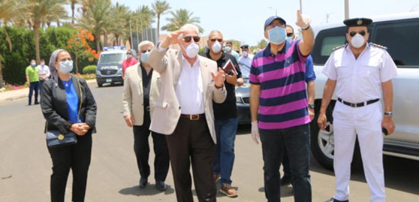 بالصور .. رئيس الوزراء يقوم بجولة ميدانية لتفقد بعض المشروعات بمدينة شرم الشيخ