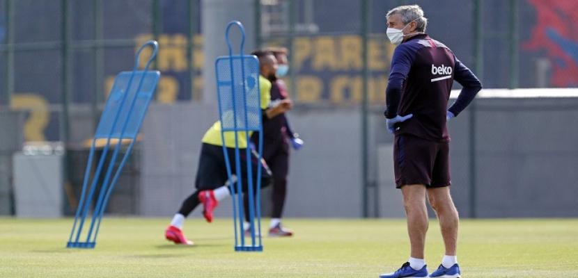 برشلونة يواصل تدريباته استعدادا لاستئناف الدوري الإسباني