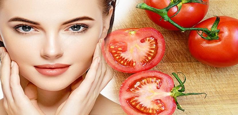 استخدمي الطماطم لعلاج مشاكل البشرة الدهنية