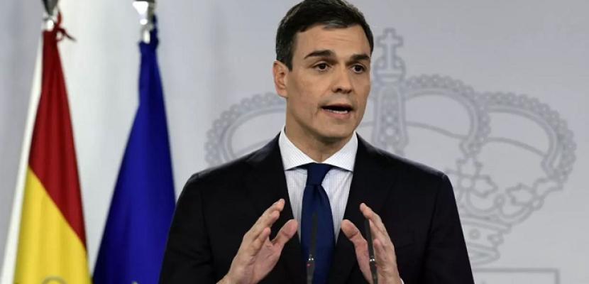 """رئيس الوزراء الإسباني: عودة السياح الأجانب بدءا من يوليو واستئناف مباريات """"الليجا"""" الشهر المقبل"""
