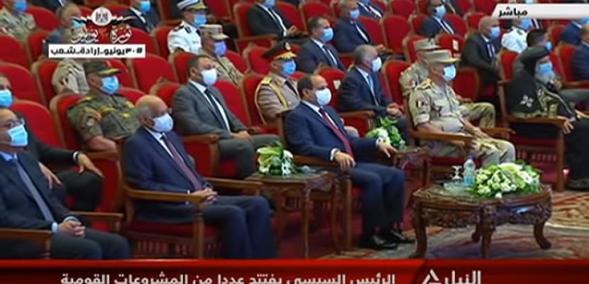 الرئيس السيسي يفتتح عدداً من المحاور والكباري عبر الفيديو كونفرانس