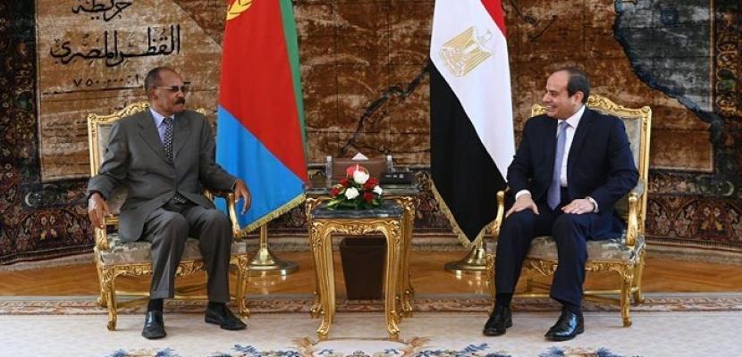 بالفيديو والصور .. الرئيس السيسي يؤكد حرص مصر على تعزيز العلاقات وترسيخ التعاون الاستراتيجي مع إريتريا في شتى المجالات