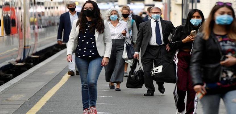 الإندبندنت: بريطانيا تواجه نقطة حرجة في أزمة كورونا والشتاء أكثر صعوبة