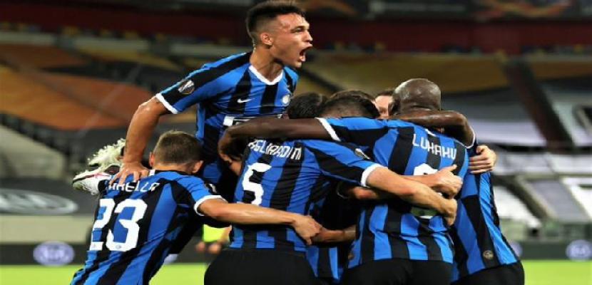 ساسولو يتصدر مؤقتا وروما يواصل صحوته وإنتر يستعيد نغمة الفوز بالدوري الإيطالي
