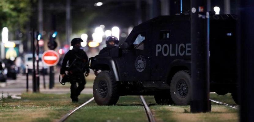 الشرطة الفرنسية: خاطف الرهائن في لو هافر يستسلم للشرطة
