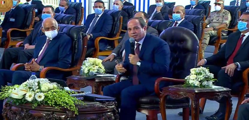 الرئيس السيسى : زيادة العلاوات والحافز وإعفاء ضريبى للمعلمين يصل إلى 60 %