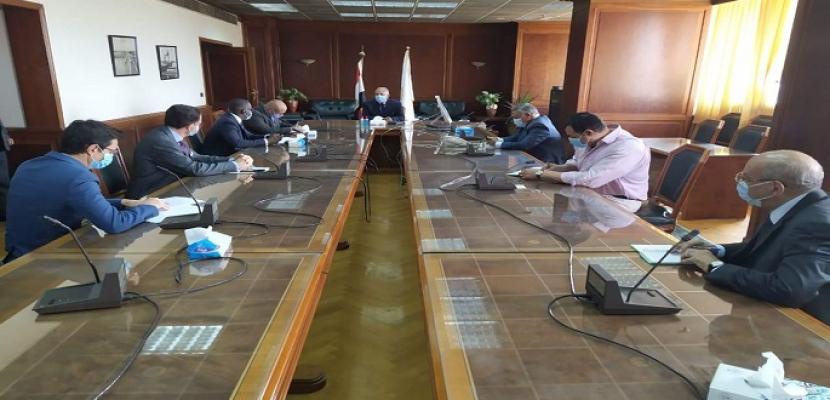 بالصور.. وزير الري يستقبل سكرتير لجنة الشئون الخارجية بالبرلمان الفرنسي للتباحث حول مجالات التعاون