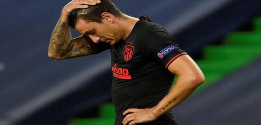 إصابة خيمنيز مدافع أتليتيكو مدريد بكوفيد-19