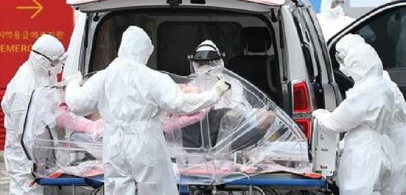 أوروبا تنتظر الأسوأ.. بها نصف حالات الإصابة بكورونا فى العالم