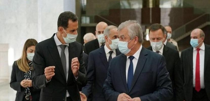 الأسد يبحث مع وفد روسي تنظيم مؤتمر دولي في دمشق حول عودة اللاجئين