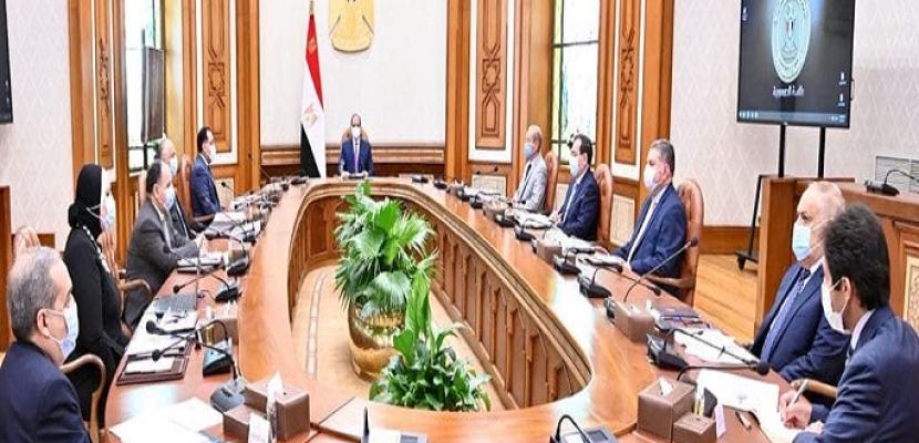 السيسي يوجه بالإسراع في تنفيذ خطط الدولة لتوطين صناعة السيارات التي تعمل بالطاقة الجديدة بمصر
