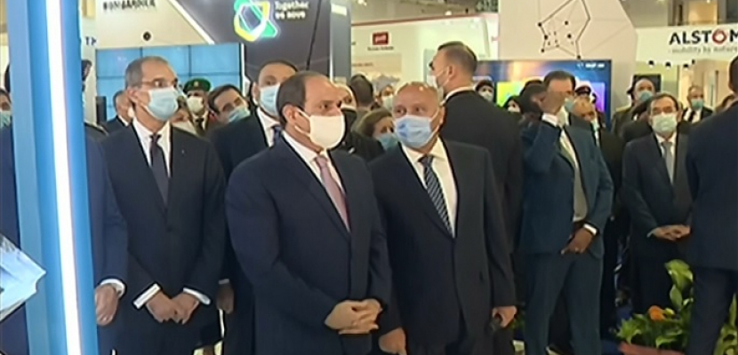 جولة الرئيس السيسي خلال افتتاح معرض النقل الذكي بالشرق الأوسط وأفريقيا