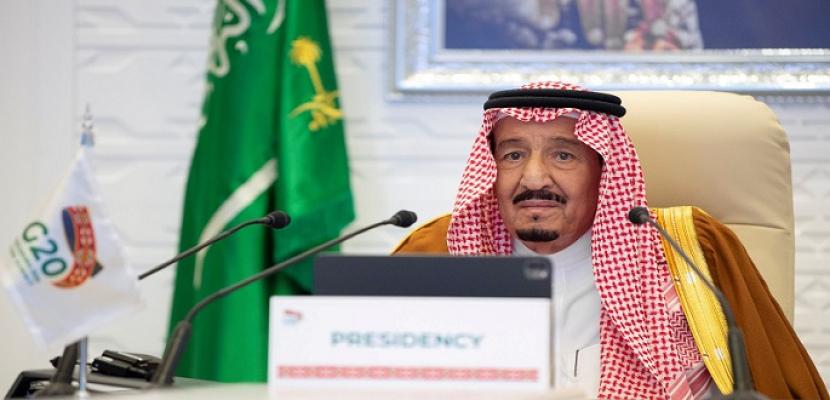 العاهل السعودي: التعاون الدولي والعمل المشترك هو السبيل الأمثل لتجاوز الأزمات