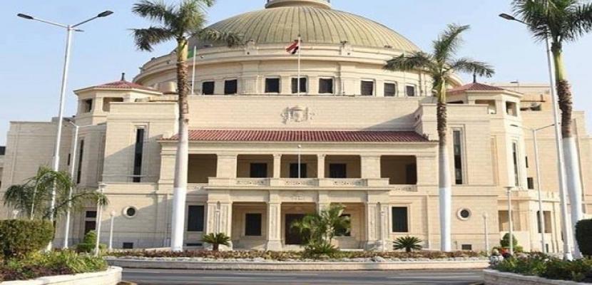 رئيس جامعة القاهرة: دخول الحرم الجامعي سيقتصر على الطلاب الذين تلقوا لقاح كورونا فقط