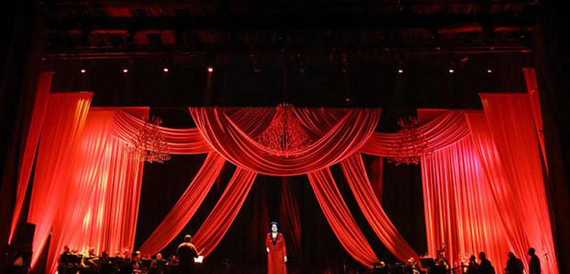 الليلة.. أم كلثوم تشدو في أولى حفلاتها بتقنية الهولوجرام من داخل قصر عابدين