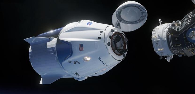 """مركبة الفضاء الأمريكية """"دراجون"""" تلتحم بمحطة الفضاء الدولية"""