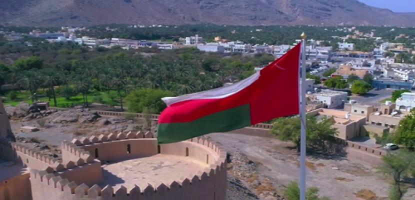 عمان تحظر الأنشطة التجارية من 8 إلى 15 مايو لمكافحة كورونا