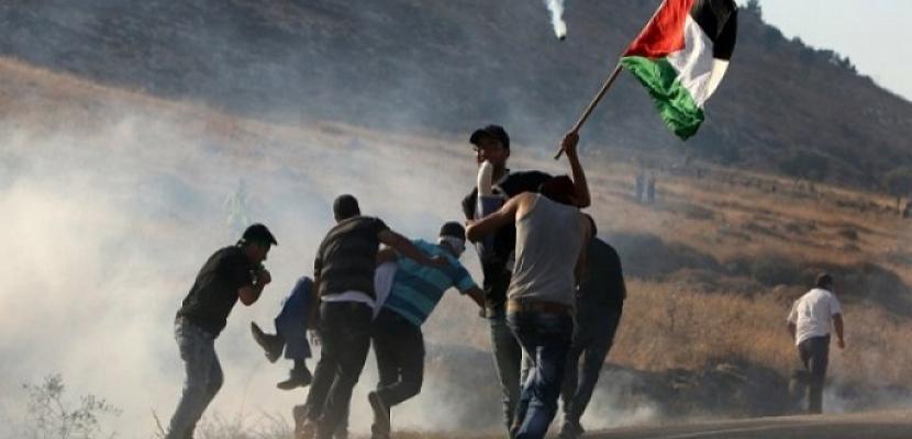 إصابات بالرصاص وبالاختناق خلال مواجهات بين الفلسطينيين والاحتلال في نابلس