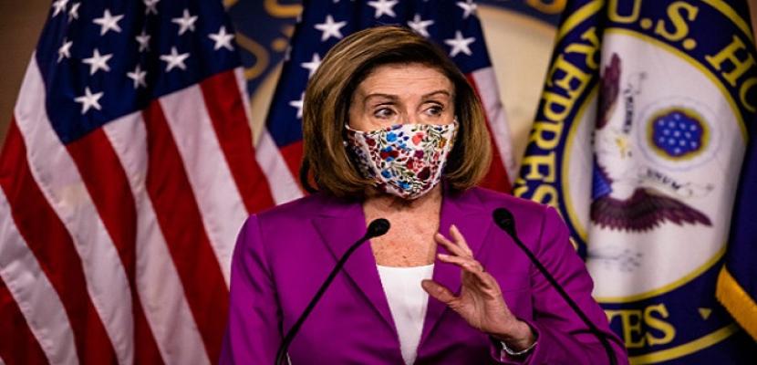 """رئيسة مجلس النواب الأمريكي تصف مهاجمي مبنى الكونجرس بأنهم """"إرهابيون محليون"""""""