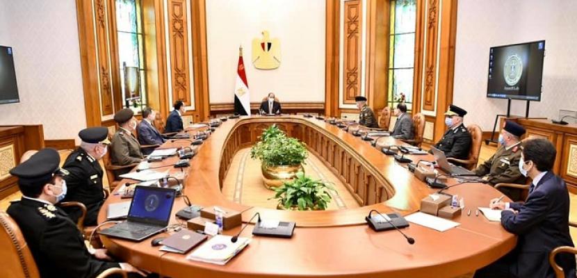 """الرئيس السيسي يطلع على """"تطوير منشآت وزارة الداخلية على مستوى الجمهورية"""""""