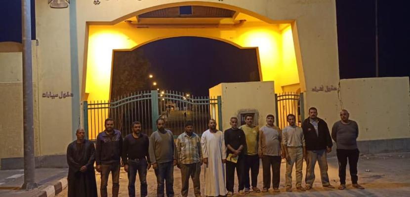 وزارة الخارجية: إنهاء أزمة احتجاز  12 سائقاً مصرياً في مدينة دنقلا السودانية وعودتهم إلى أرض الوطن
