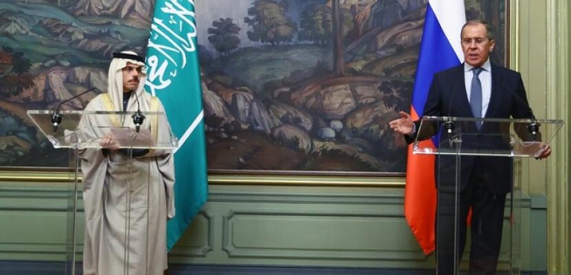 لافروف ونظيره السعودي يبحثان بموسكو نزاعات الشرق الأوسط وشمال أفريقيا